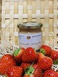 Honing met aardbei_
